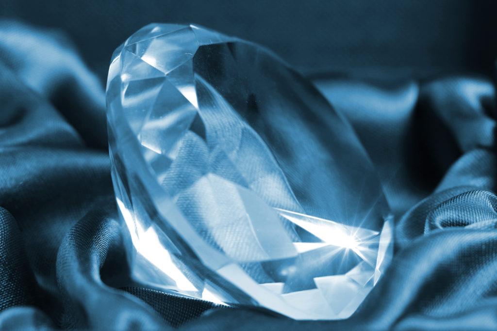Ein großer Diamant