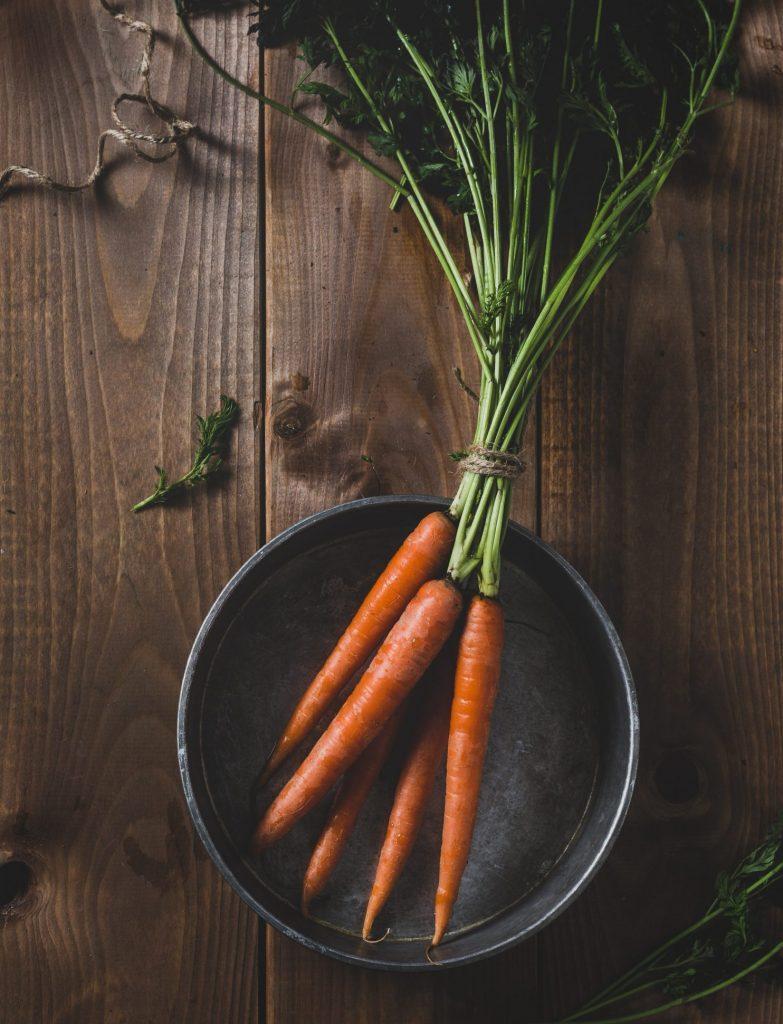 Karotten im Topf