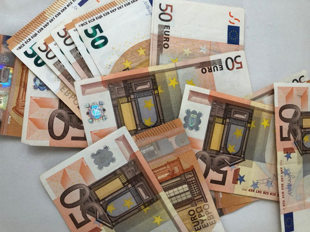 Viele 50€ Scheine